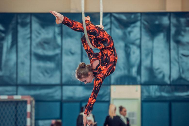 acrobat1
