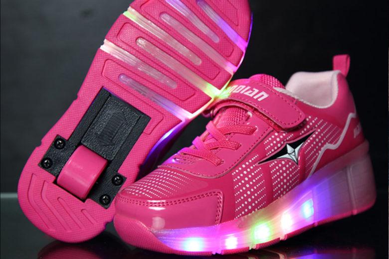 купить кроссовки на колесиках для ребенка